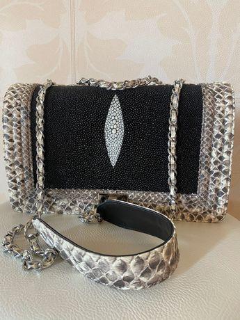 Елітна сумочка в стилі Chanel з екзотичної шкіри нова
