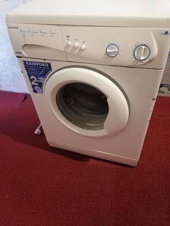 Продам пральну машину Rainford
