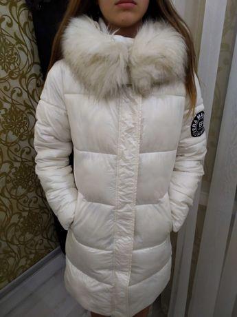 Зимова стильна куртка