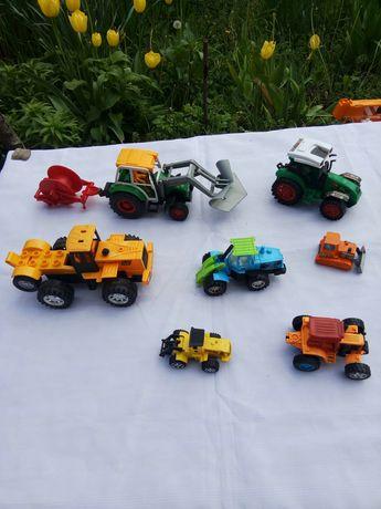 Набор пластиковых тракторов