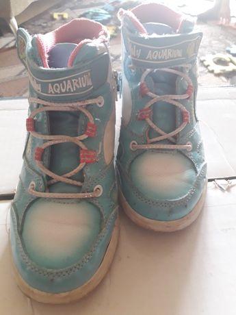 Взуття  дитяче для дівчинки