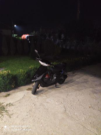 Продам скутер Honda Dio 28 ZX.