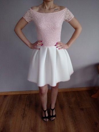 Sukienka różowo biała