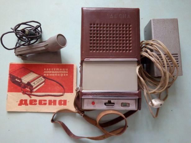 """Кассетный магнитофон """"Десна"""", 1970 г."""