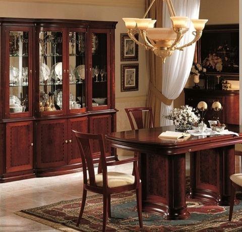 Mobiliario de Sala de Jantar clássica