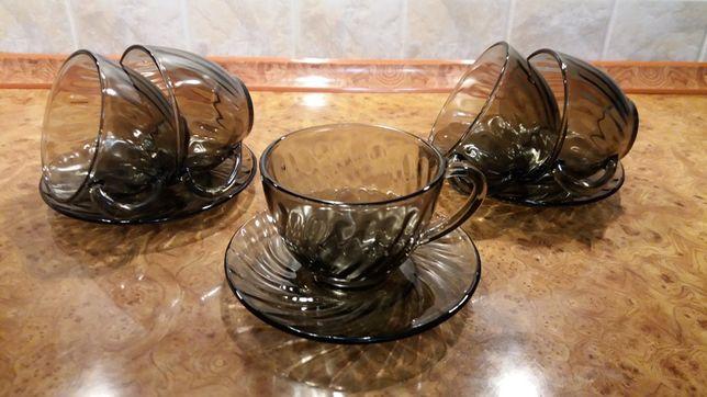 5 чашек, 3 блюдца стекло