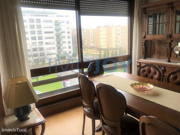 Apartamento T2 em Pinheiro Manso