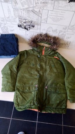 Пакет речей ,куртка демісезонна і джинси 2 шт.