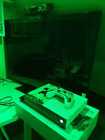 Konsola Minecraft Zestaw  Xbox One S  kinect   uchwyt