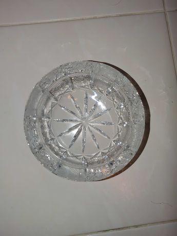 Duża kryształowa popielniczka