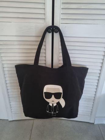 Czarna torebka shopper Karl Lagerfeld a4