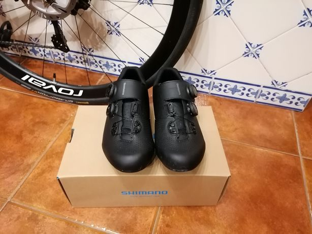 Sapatos de ciclismo Shimano RC7