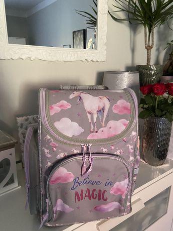 Plecak szkolny szaro-różowy