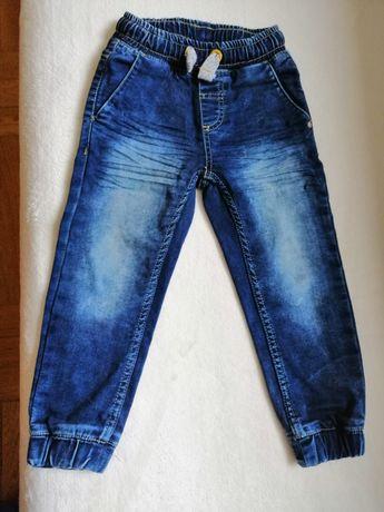 Spodnie jeansowe dla chłopca r 104