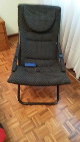 Cadeira de massagens com várias funções