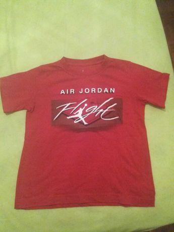 T-shirt Nike Air Jordan de criança. Em muito bom estado.