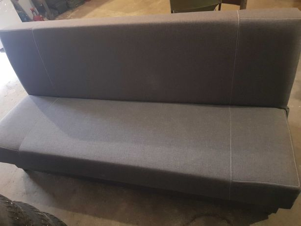 Sofa Wersalka rozkładana z miejscem na pościel