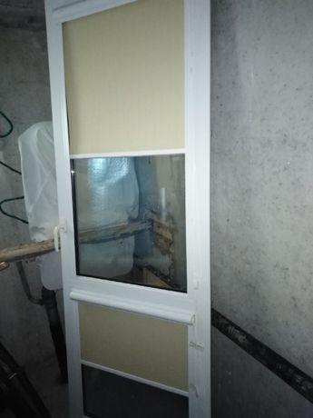 Drzwi balkonowe i drzwi wejściowe