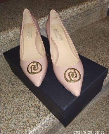 Sapatos Liu Jo n.35 novos.