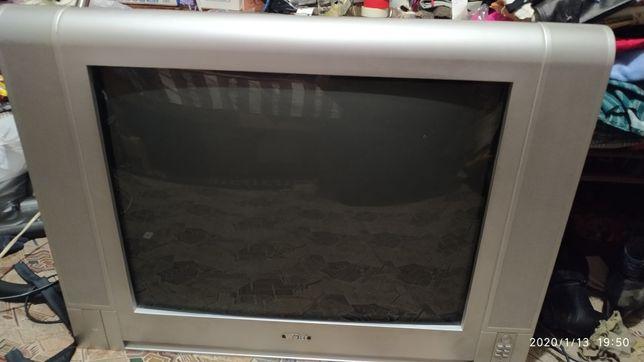 Телевизор West