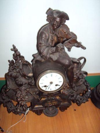 Stary zegar francuski z brązu