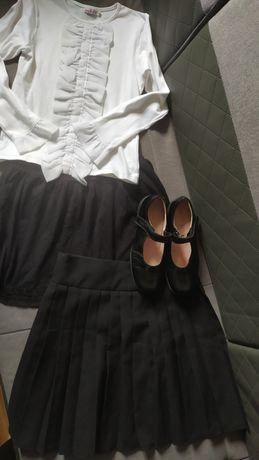Zestaw ubrań dla dziewczynki 146cm