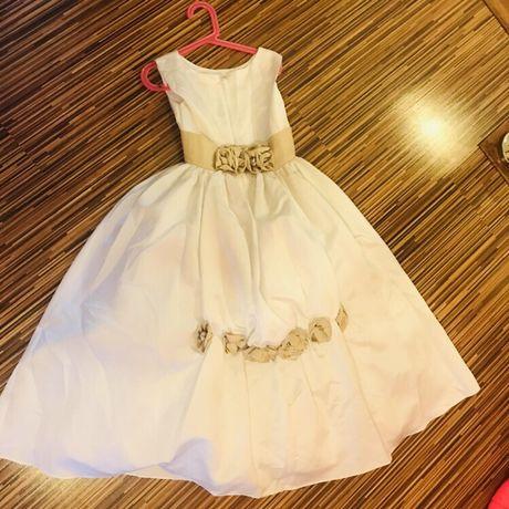 Piękna balowa suknia 134 8 lat