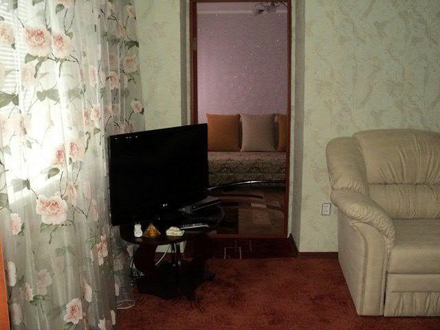 Сдам прекрасную 2-х комнатную квартиру в Обухове. мк-н.Сосновый.-1
