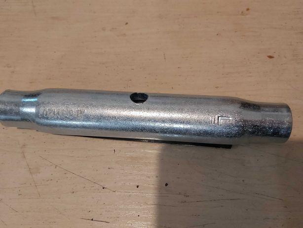 Nakrętka rzymska M 20 rurowa ocynk