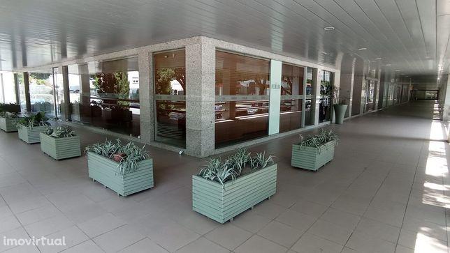 Restaurante pronto a funcionar junto ao Tribunal