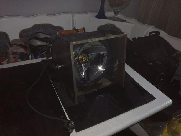 Lampa sceniczna DDR 1986 - VINTAGE VEB Narva Rosa Luxemburg 200W 24V