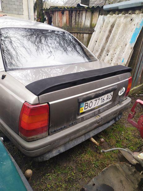 Opel Omega на запчастини