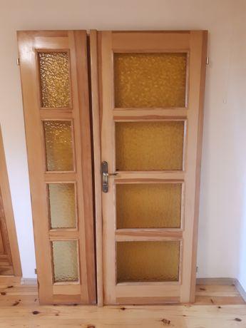 Drzwi wewnętrzne drewniane sosnowe