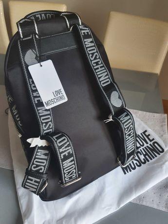 Sprzedam nowy orginalny plecak Moschino