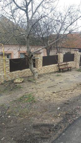 Продаю добротный дом 98м2 в центре Терновки со в/у-35000у.е.