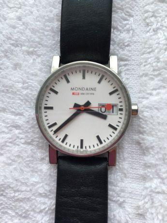 Zegarek damski MONDAINE Evo2 z datownikiem 30 mm 100% skóra Unikat neg