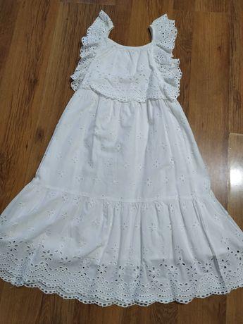 Piękna biała elegancka koronkowa sukienka np.na komunię rozmiar 134