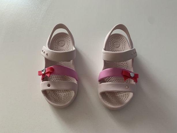 Sandaly Crocs C9