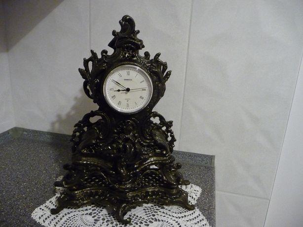 Zabytkowy zegar stojący kominkowy