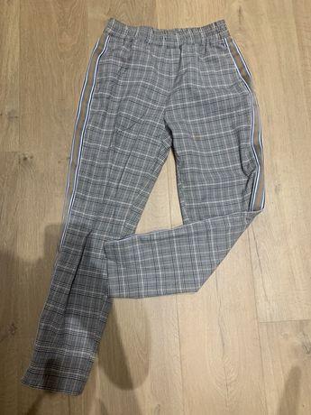 Spodnie w kratke zara