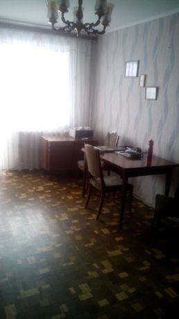 """3-кімнатна квартира, р-н """"Фуршету"""""""