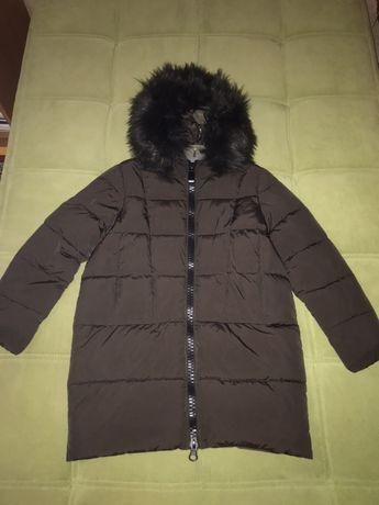 Женская куртка зимняя с капюшоном