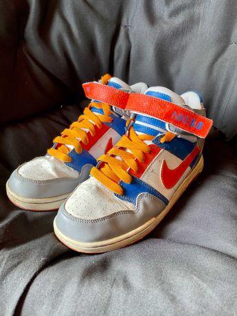 Sapatilhas Nike 6.0 Tamanho 38.5