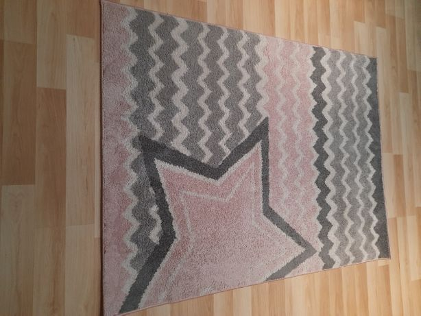 Dywan dla dziewczynki