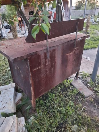 Стол слесарный металлический