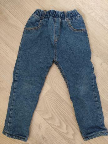 Джинсовые штаны для мальчика на плюше