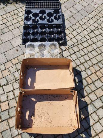 Podkładki pod rozsady opakowania plastikowe na doniczki