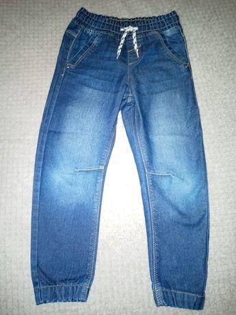 Spodnie jeansy 110