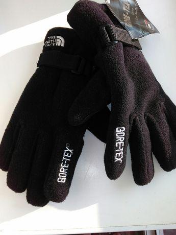 Перчатки для лыжников. Новые. Фирменные.