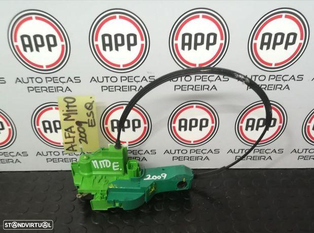 Fecho porta Alfa Romeo Mito 2009 esquerdo.